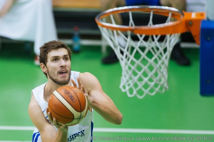 Защитник Александр Мартынов набрал за матч 28 очков