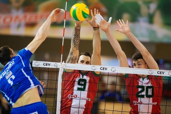 Волейбол: «Локомотив» одержал победу над «Динамо»