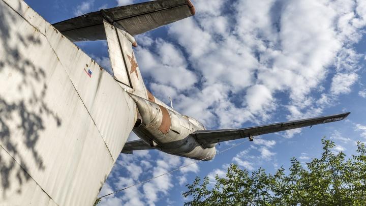 Погибли, защищая Донбасс: на аэродроме под Волгоградом 19 июля откроют памятники двум летчицам