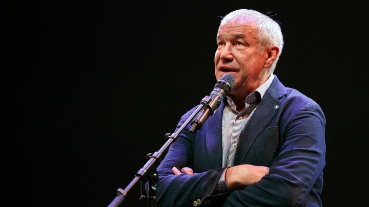 Сергей Гармаш разбил голову в ростовском аэропорту Платов