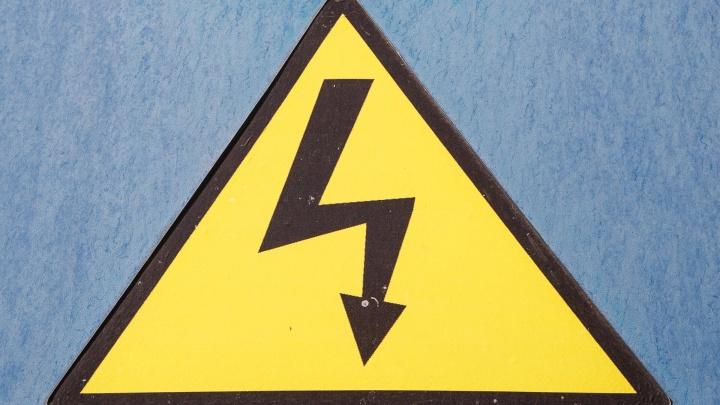 В Волгоградской области ударом тока убило 27-летнего рабочего