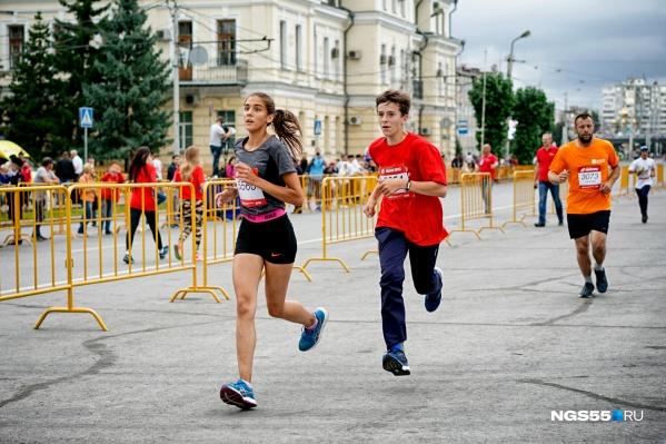 Одно из основных мероприятий Дня города — Сибирский международный марафон, перекрытий будет очень много