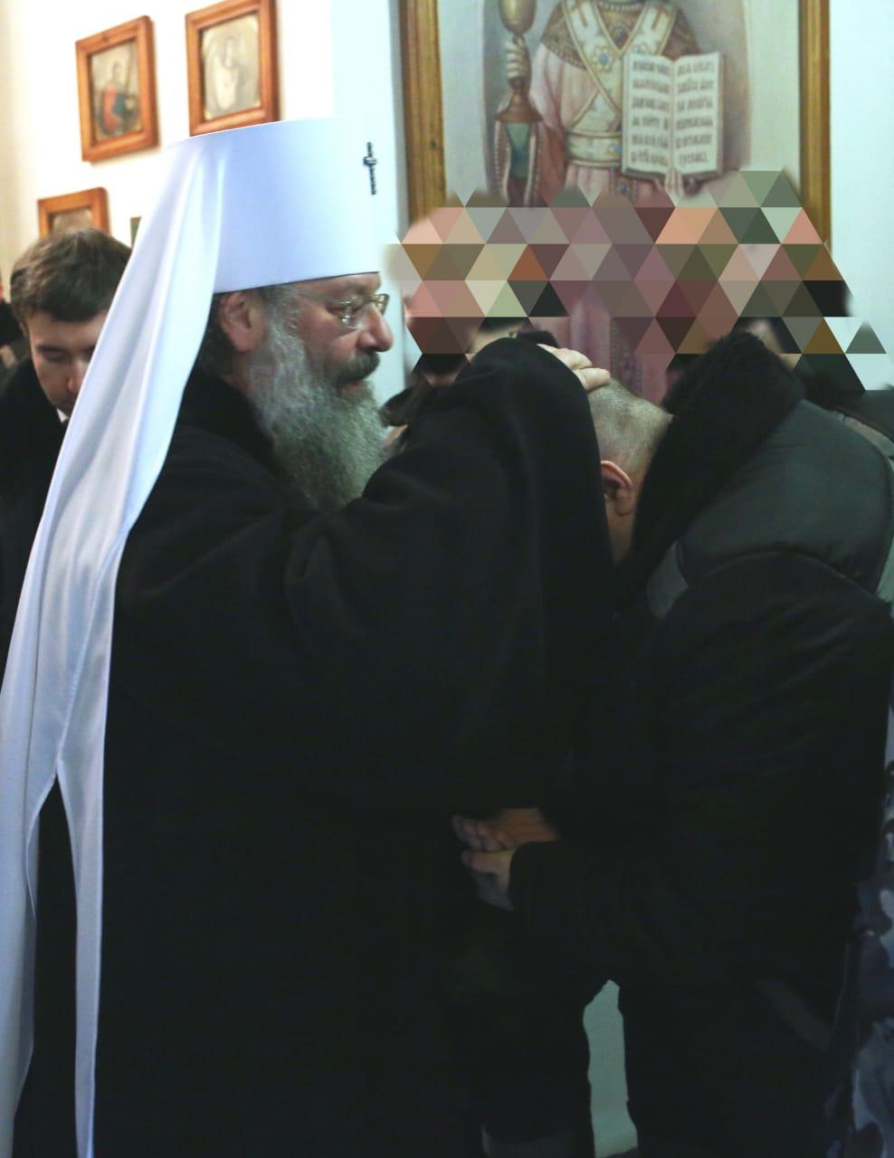 Митрополит Кирилл навещал заключенных в колонии