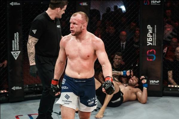 Омич Александр Шлеменко — экс-чемпион Bellator