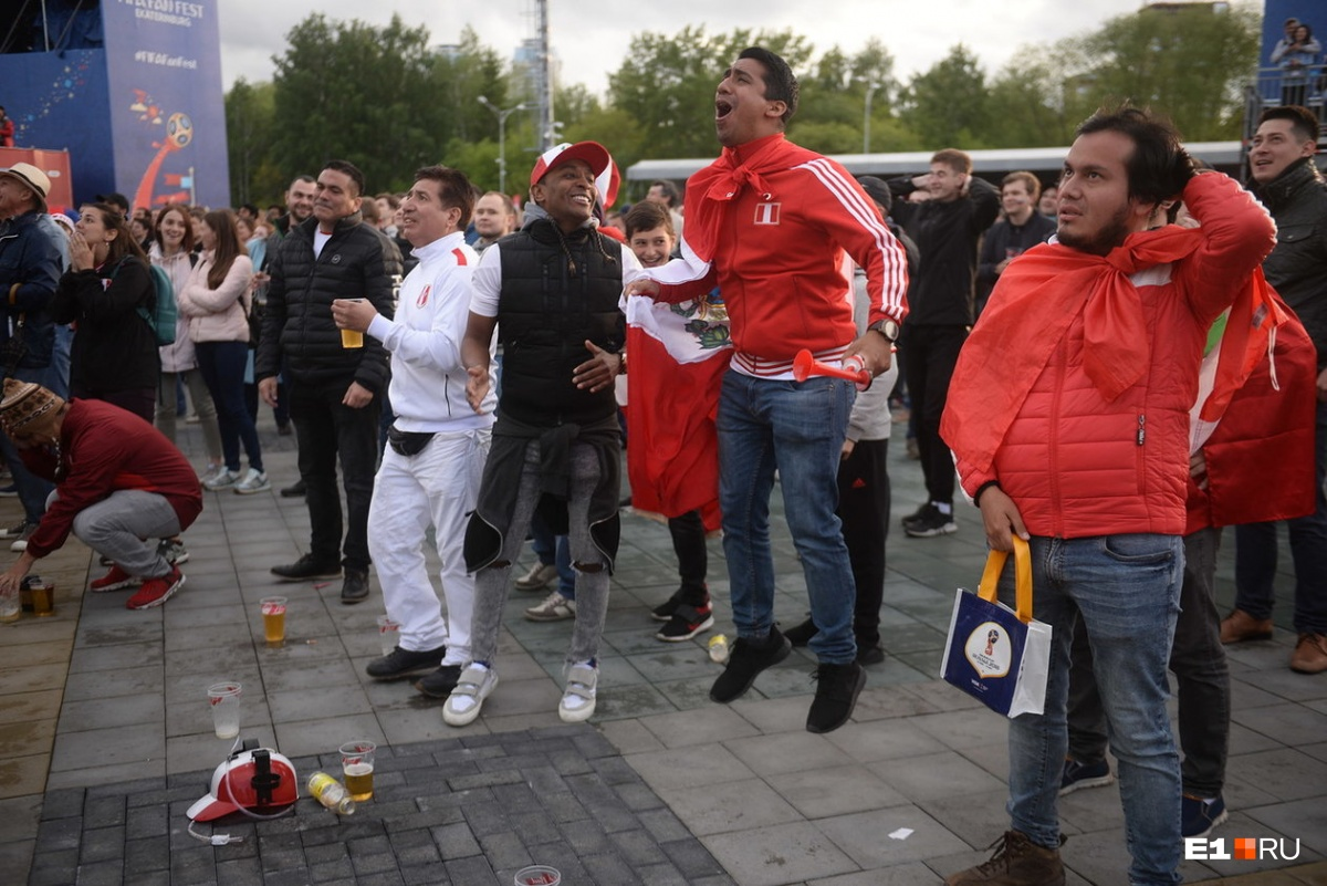 Момент гола в ворота Перу