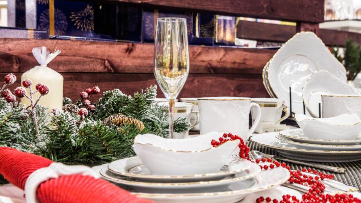 Куда спрятался Новый год: фоторепортаж с большой ярмарки, где создают праздничное настроение