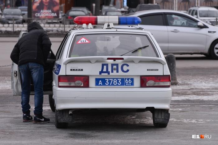 Если ущерб от аварии меньше 50 тысяч рублей, то ее можно оформить без ГИБДД
