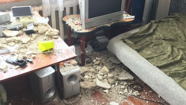 В доме у Автовокзала, в котором провели капремонт перед ЧМ, обвалился потолок