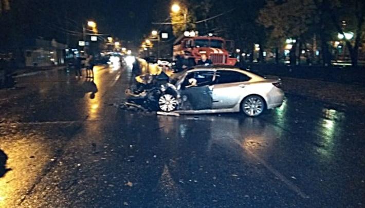 «Летел больше сотни!»: в Стерлитамаке лихач на «Мазде» протаранил две машины