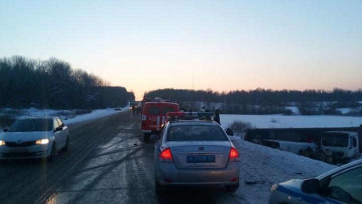 Стало известно, сколько жителей Башкирии пострадало в ДТП между фурой и Mercedes