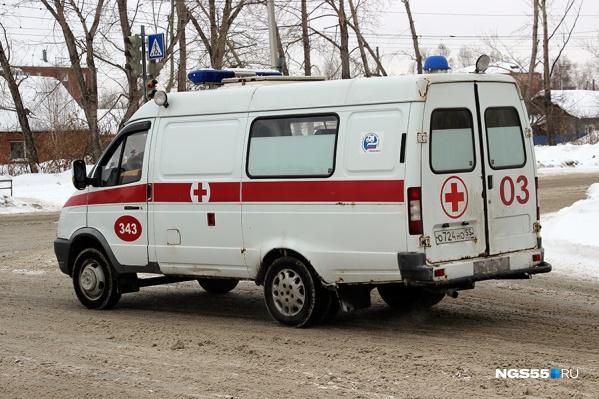 Пострадавших пассажиров иномарки доставили в больницу