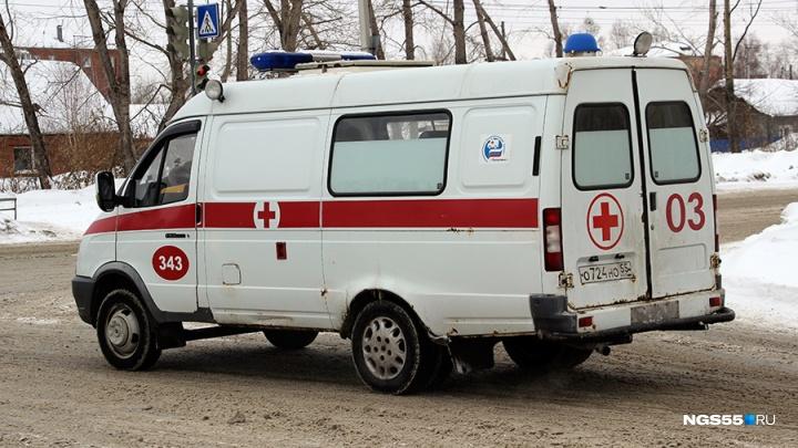 На автодороге Омск — Тара перевернулась иномарка с двухлетним ребёнком