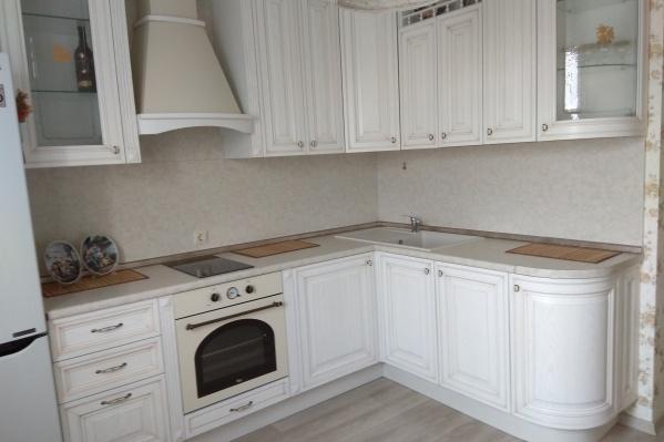 Купленная за 250 тысяч рублей элитная кухня расстроила покупателя качеством