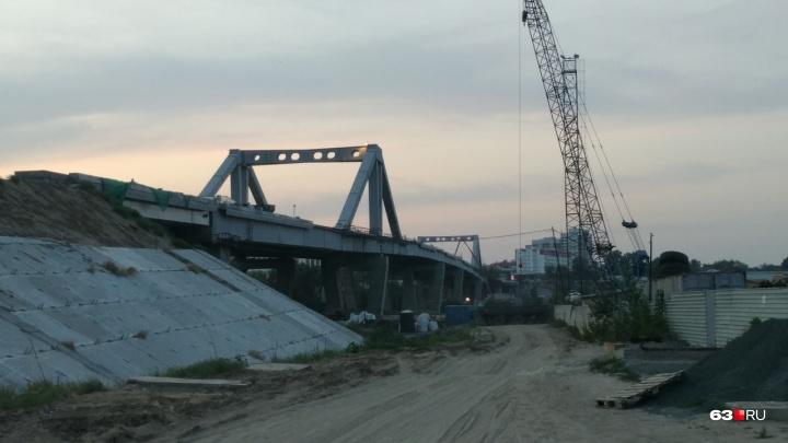 Крепкий, как скала! Рабочиеприступили к последнему этапу бетонирования Фрунзенского моста