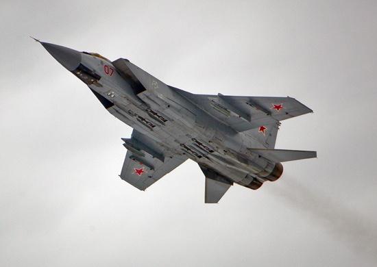 Истребители МиГ по тревоге подняли в Красноярском крае