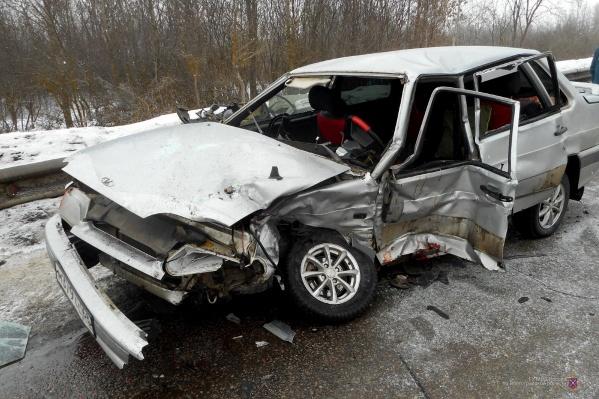 Сильнее всех пострадал оказавшийся на встречке водитель