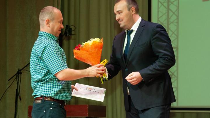 Рабочая профессия — это престижно: в Архангельске наградили лучших работников строительной отрасли