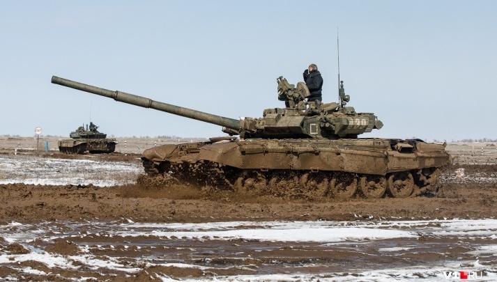 Самолёты, разведчики и страйкбол: волгоградцев зовут на открытие «Танкового биатлона»