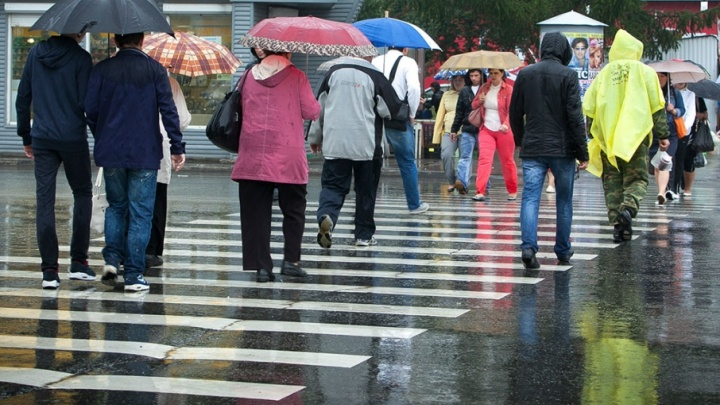 Грозовые дожди и сильный ветер: на Южном Урале разгуляется стихия
