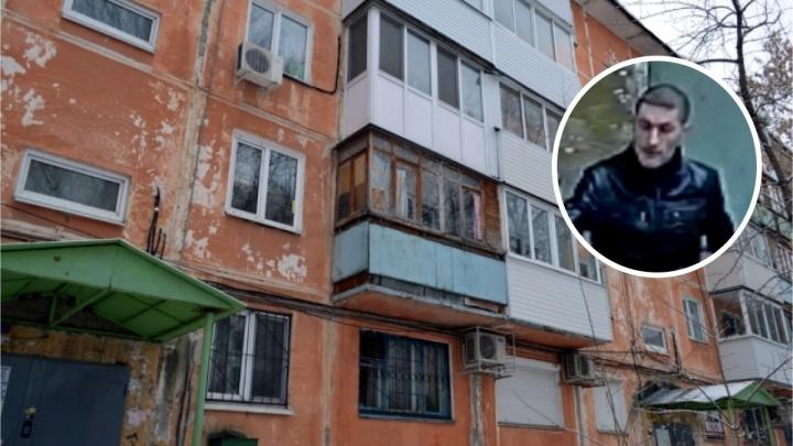 «Взломал стеклопакет и вынес ценные вещи»: полиция просит пермяков помочь в поисках квартирного вора