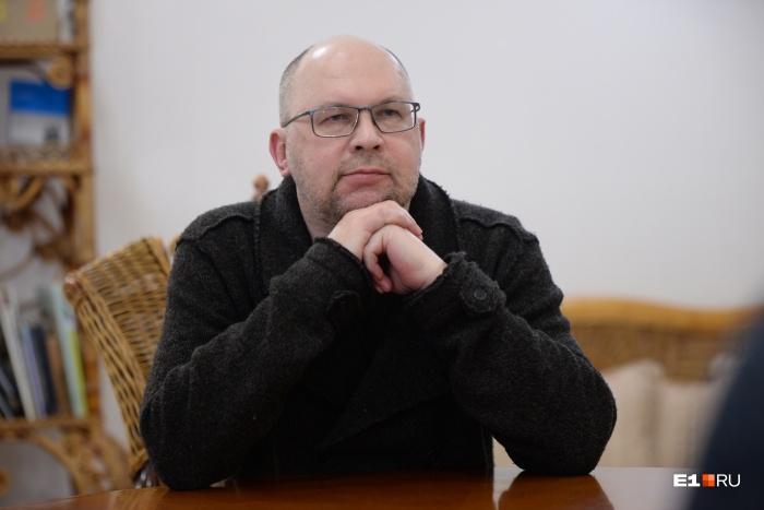 Иванов заявил, что его можно назвать не только российским, но и екатеринбургским писателем