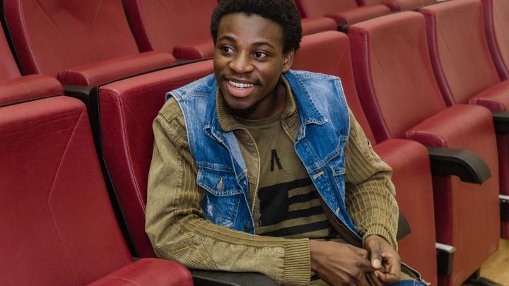«Страшная снаружи, но добрая внутри». Студент из Конго — о Перми и о том, как в ней живется