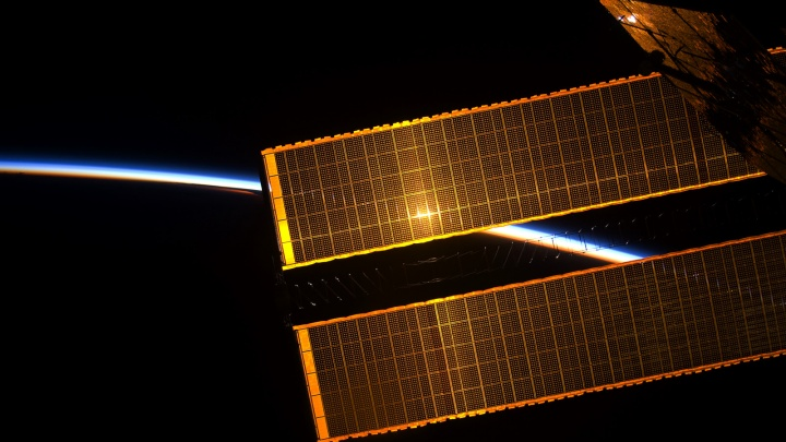Космонавты в небе: над вечерним Новосибирском промчится МКС