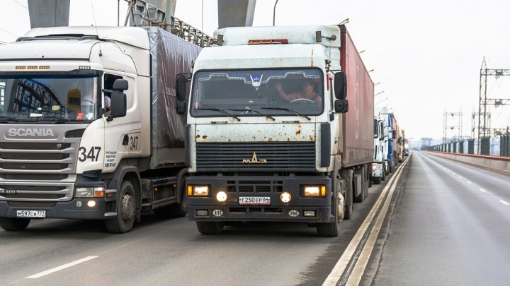 Сколько точно в тоннах: в Самарской области на трех трассах установят весы для грузовиков