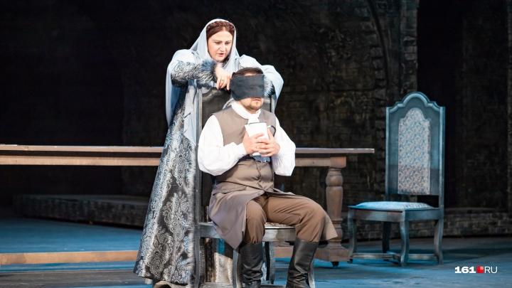 Приоткрываем завесу тайны: показываем, что ждет вас на премьере оперы «Хованщина» в Ростове