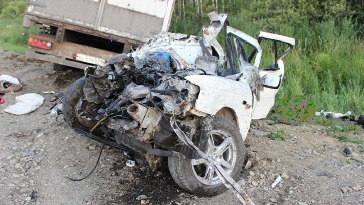 Водителю, по чьей вине на тюменской трассе погибли пенсионеры с 11-месячной внучкой, грозит до 7 лет