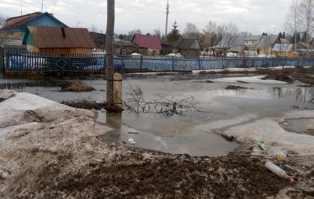 В Башкирии устраняют последствия паводка в одном из крупных поселков