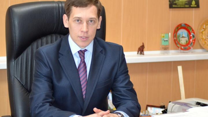 Главу Шенкурского района будут судить за превышение полномочий