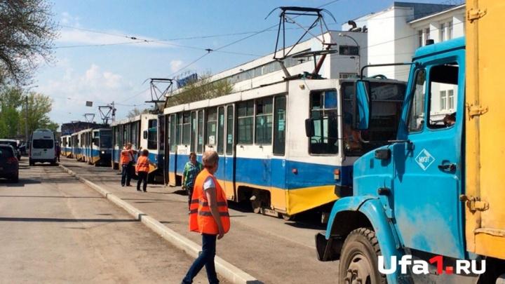 В мэрии Уфы прокомментировали остановку движения электротранспорта