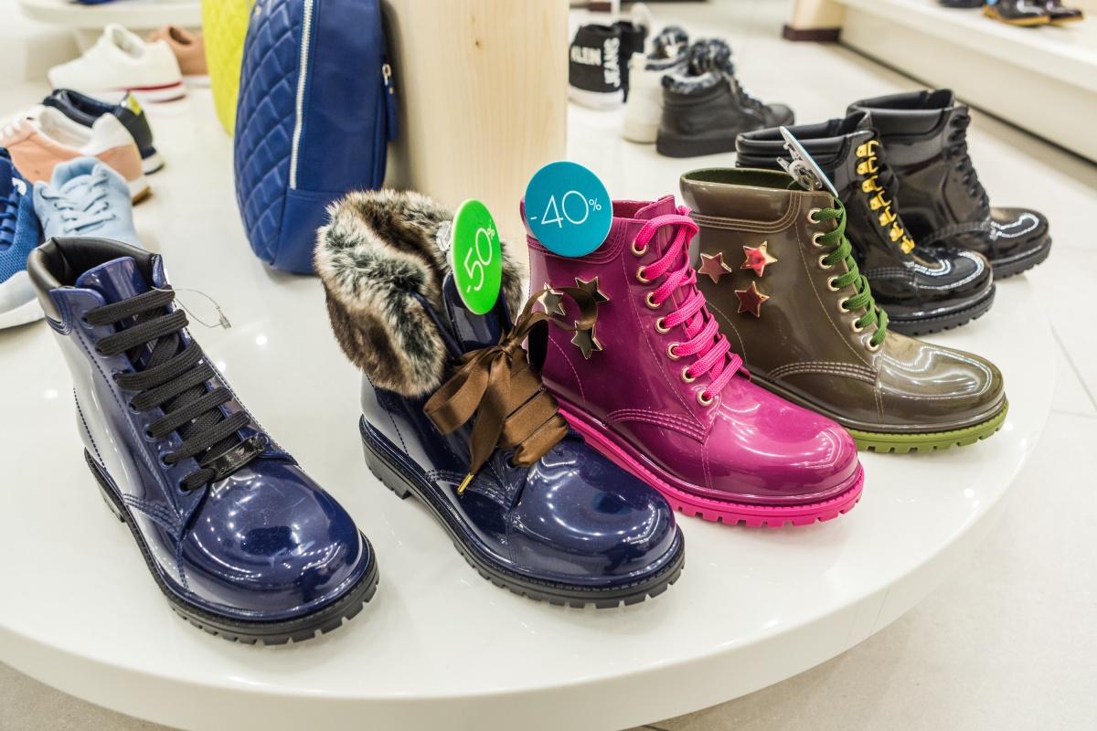 Резиновая обувь полезна пару недель в году. Зато в эти дни без нее никуда