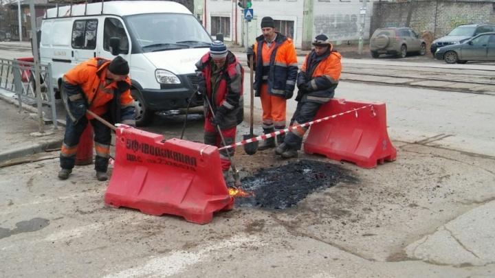 Участок в центре Уфы, где год назад обвалился грунт, залатали после вмешательства журналистов