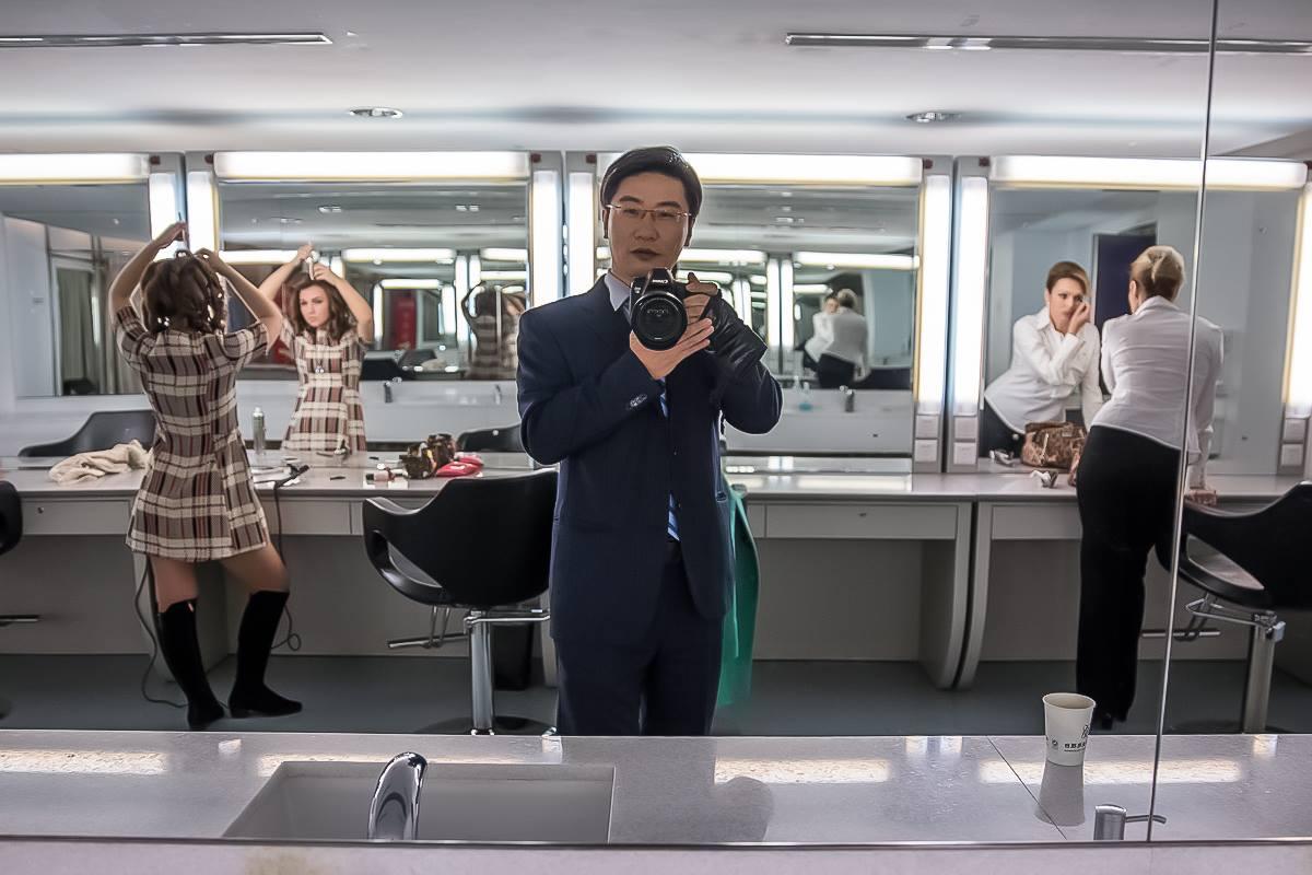 Алексей Кан — выпускающий редактор новостей на телеканале CCTV, говорит, что одна социальная сеть способна заменить китайцам весь виртуальный мир