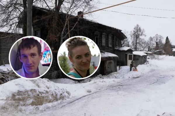 Выгоревший дом в Березовке и местные жители, пытавшиеся спасти детей<br>