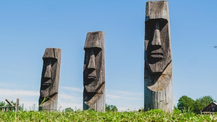 В селе Юрла есть истуканы, как на острове Пасхи. Кто их сделал?