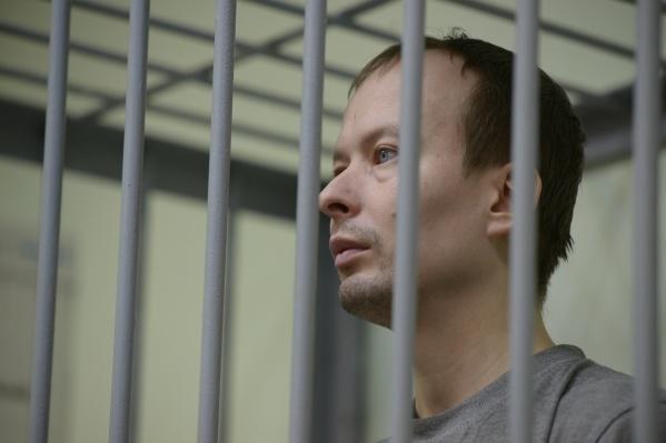 Евгений Шуров ознакомился с материалами дела Алексея Александрова, и у него возникло несколько важных вопросов