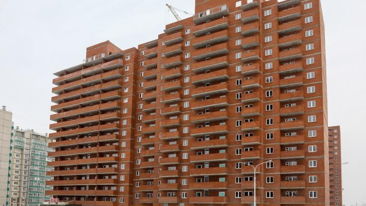 «Ждали 4 года»: обманутым дольщикам достроили два дома в Мариинском