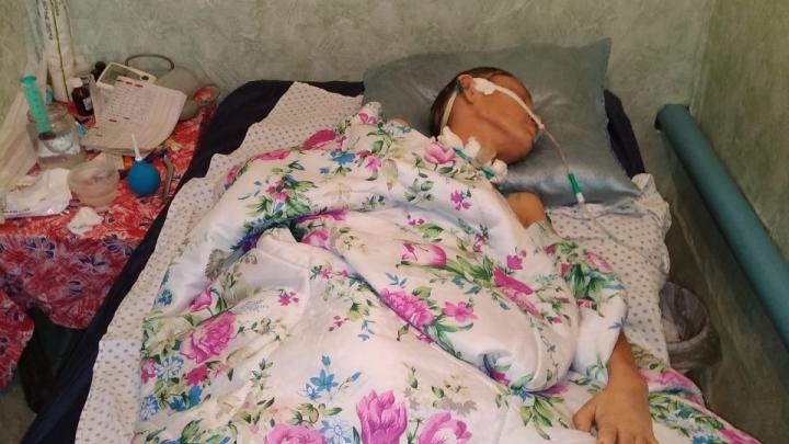 В челябинском Минздраве объяснили, почему выписали из больницы многодетную мать в коме