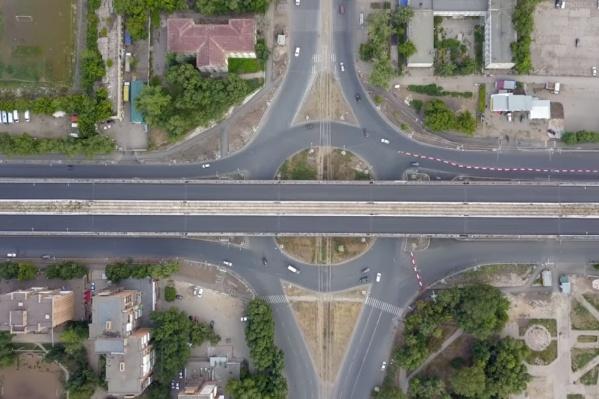Пока движение на части Заводского шоссе еще закрыто