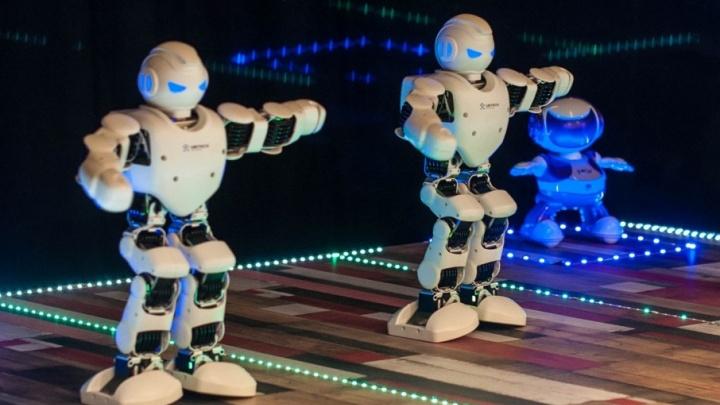 Роботы в центре Уфы!