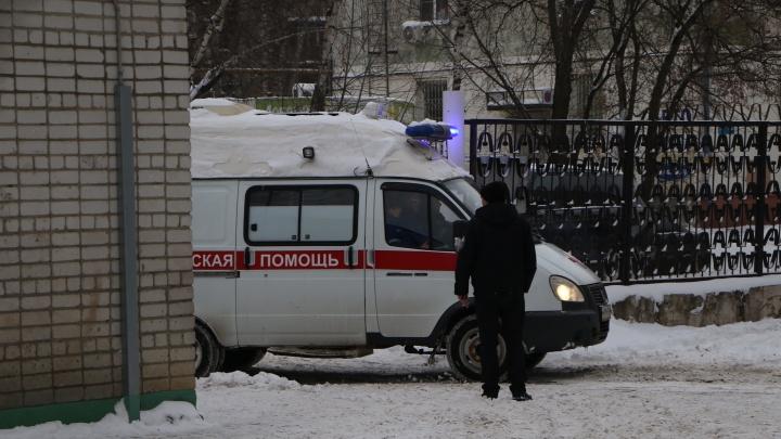 «Им запрещено оказывать помощь»: нижегородец умер из-за болезни Фабри, которой страдает его семья