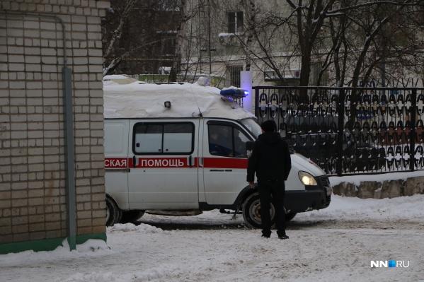 Лечение одного человека, страдающего болезнью Фабри, составляет 800 тысяч рублей. В месяц. Препараты лишь поддерживают организм