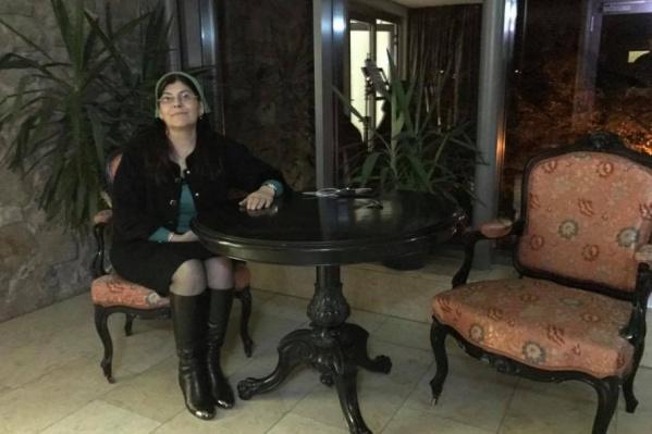 Хеда Саратова разыскивает семьи заключенных женщин