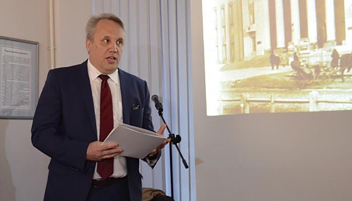 Директор госархива уволился после запрета читать расстрельные документы КГБ