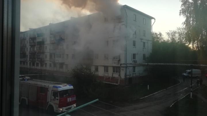 «Мама была на работе»: вСамарской области двое детей погибли во время пожара в квартире