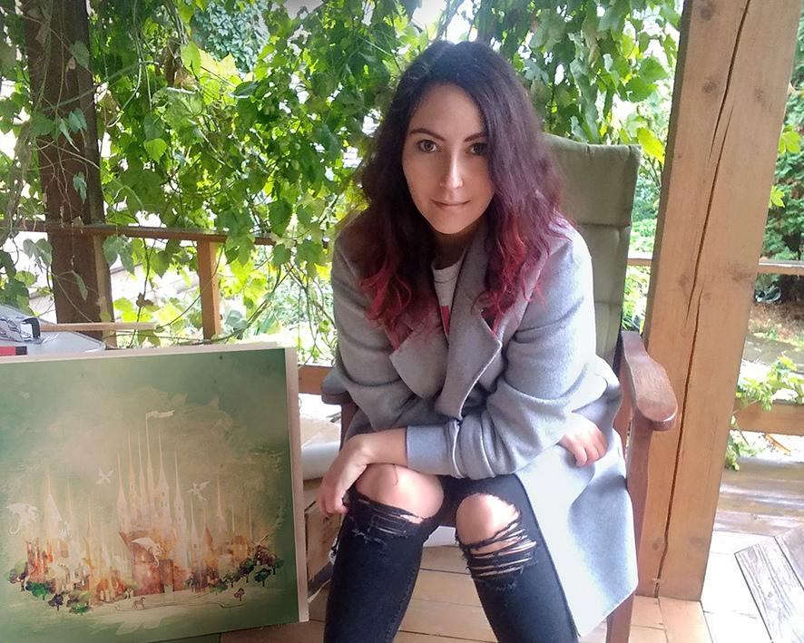 Феминистка Арина Танцырева считает, что споры о том, кто лучше, бесполезны