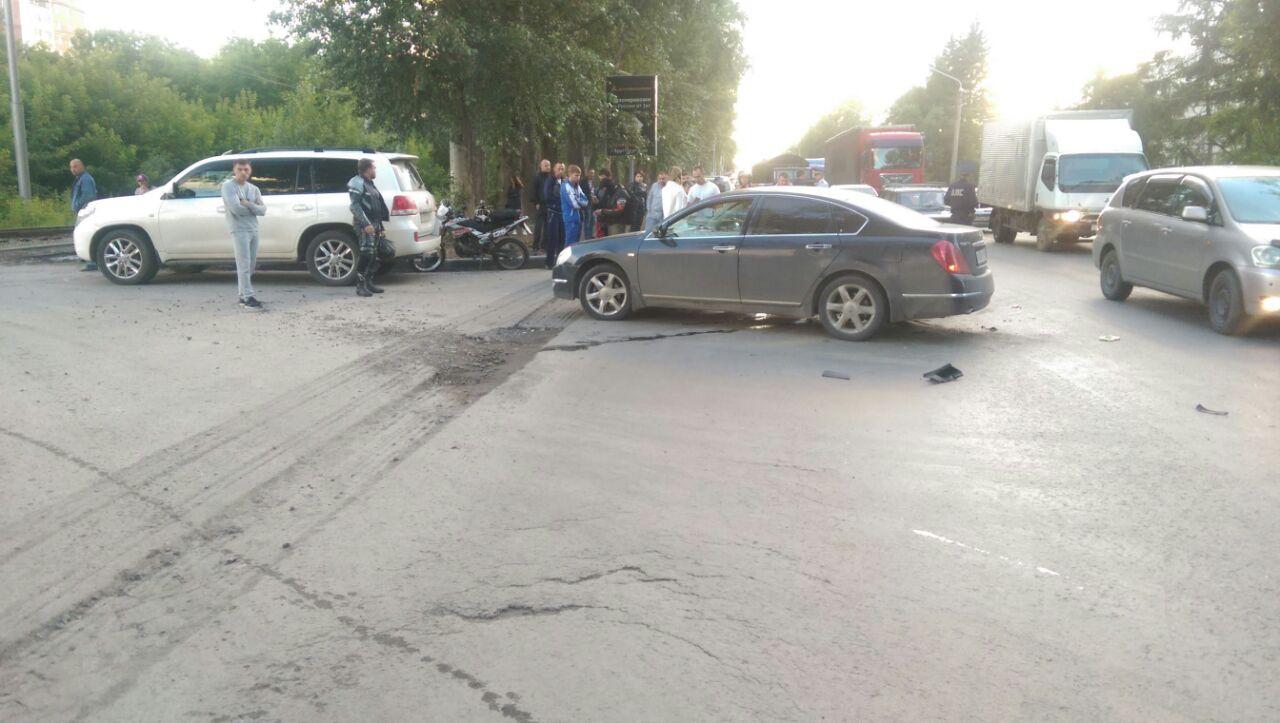 По словам очевидцев, мотоциклист погиб мгновенно